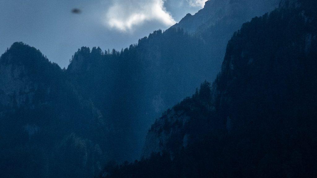 perspectiva atmosferica god rays busteni vedere munti terasa